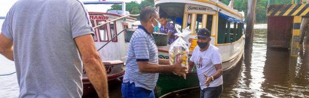 Prefeitura começa a entrega do kit alimentação escolar