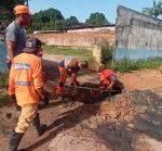 Rua Antônio Bezerra Falcão recebe serviços de drenagem