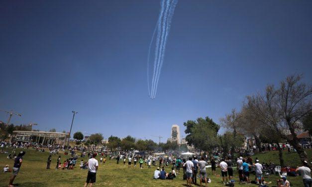 Israel suspende obrigatoriedade de máscaras ao ar livre neste domingo