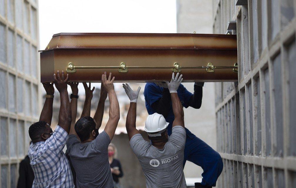 Mundo chega a 3 milhões de mortes por Covid com piora da pandemia na América do Sul