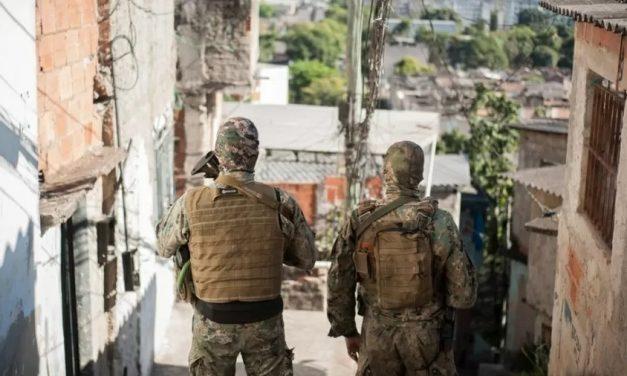 RJ: Polícia matou quase 800 pessoas nas favelas em 9 meses, diz jornal