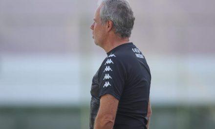 Bonamigo revela que oportunidade a reservas é avaliação já mirando a Série B