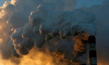 Emissões globais de CO2 terão segundo maior aumento da história em 2021, diz AIE