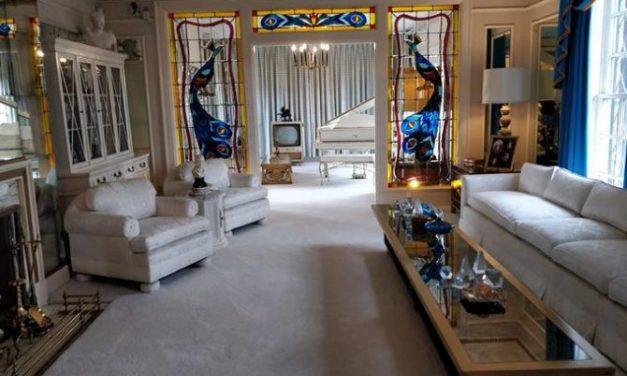Como conhecer a casa de Elvis Presley sem ir a Memphis