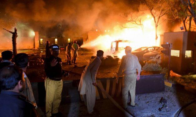 Explosão em hotel de luxo no Paquistão mata ao menos quatro pessoas