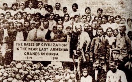 """Turquia promete resposta à declaração """"ultrajante"""" de EUA reconhecendo o genocídio armênio"""