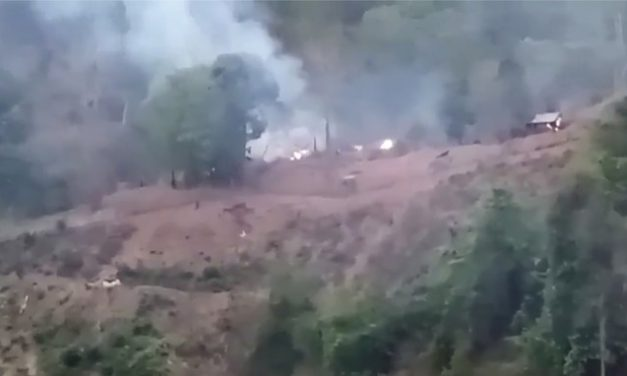 Rebeldes tomam base militar em Mianmar perto da fronteira