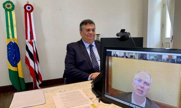 Sputnik V: Rússia enviará novos documentos para pedido de revisão da decisão da Anvisa, diz governador Flávio Dino