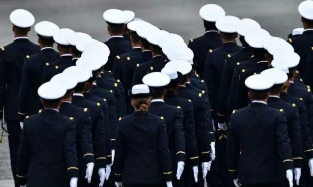Ex-generais alertam sobre 'guerra civil sangrenta' e abrem crise no governo da França