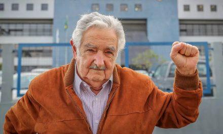 Ex-presidente uruguaio Mujica recebe alta após operação de emergência