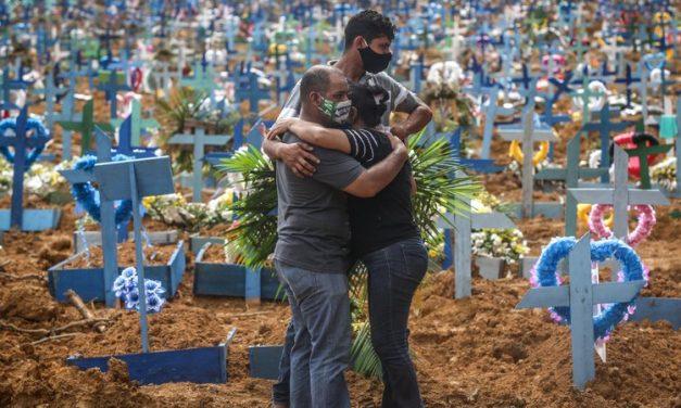 Brasil ultrapassa as 400 mil mortes por covid-19