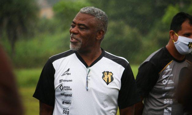 Técnico do Castanhal exalta elenco na classificação e quer manter sequência no Parazão