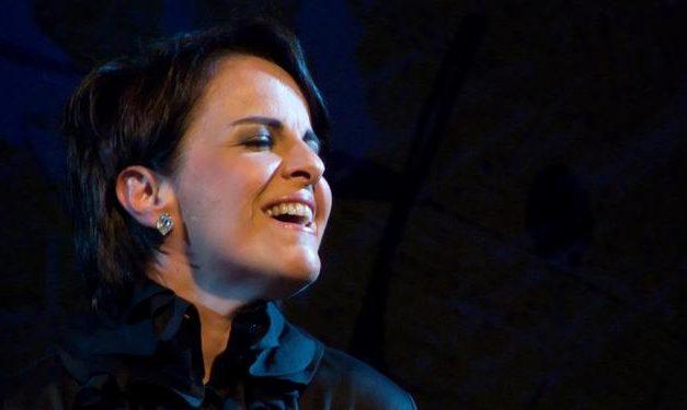 Leila Pinheiro canta Gonzaguinha em live neste sábado, 1