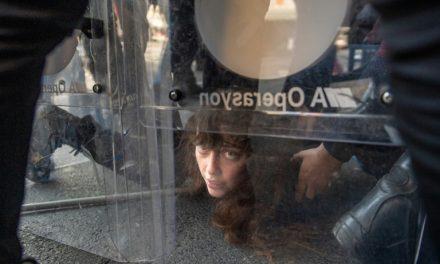 Polícia de Istambul prende dezenas de manifestantes no Dia do Trabalho