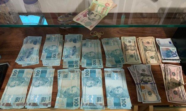 Operação da PF contra facção criminosa prende 5 pessoas em investigação que apurou movimentação de R$ 700 milhões