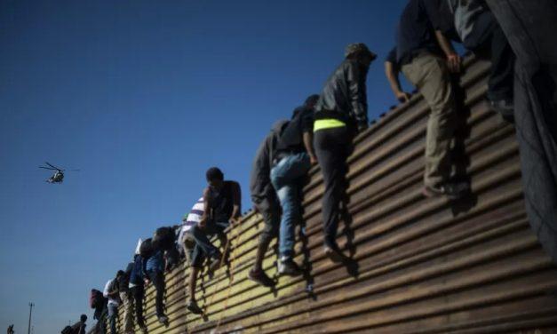 EUA começará a reunir famílias migrantes separadas no governo Trump