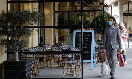 Com plano de reabertura e vacinação, França se prepara para retomada do turismo