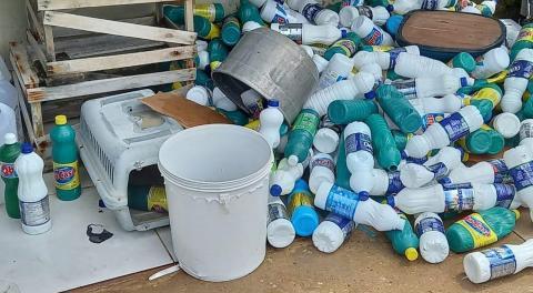 Homem é preso por fabricar e vender água sanitária falsificada em Castanhal