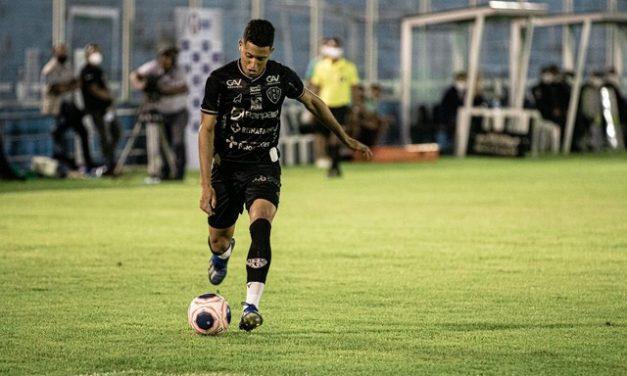 """Marlon fala de nova chance no time titular do Paysandu: """"Só tenho a melhorar"""""""