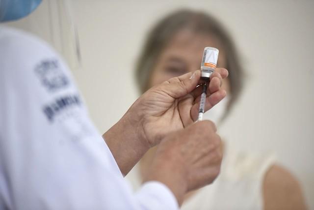 11 capitais interrompem imunização com 2ª dose de CoronaVac por não ter vacinas