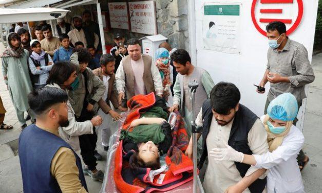 Explosão em Cabul deixa mais de 20 mortos e dezenas de feridos