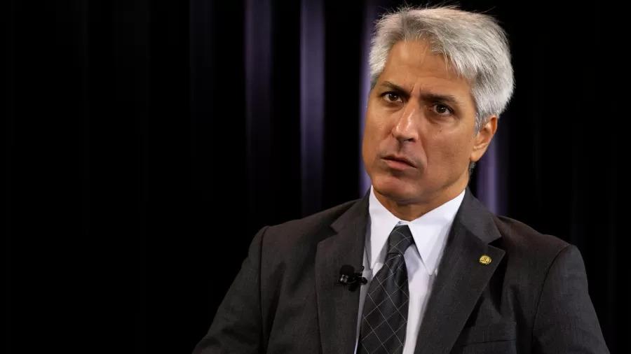 Líder da oposição na Câmara pedirá ao TCU e MPF para investigar 'Bolsolão'