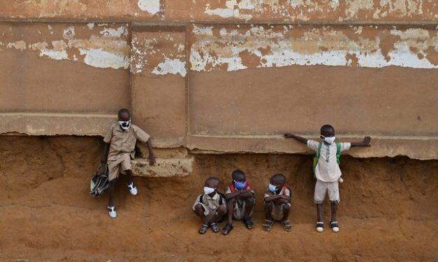 A dura luta contra o trabalho infantil na produção de cacau na Costa do Marfim