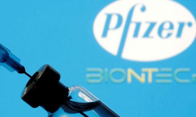 Comitê americano recomenda uso de vacina da Pfizer em jovens entre os 12 e 15 anos