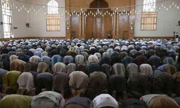 Explosão em mesquita deixa mortos no Afeganistão durante cessar-fogo com o Talibã