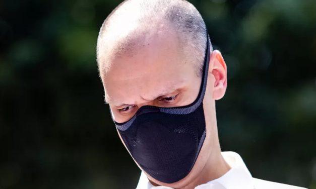 Deputado diz na CCJ que uso de máscara pode ter agravado câncer de Covas