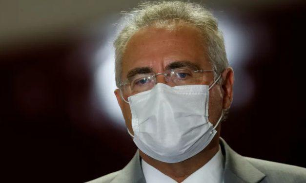 'Vou juntar todas as mentiras ditas na CPI no relatório final', diz Renan