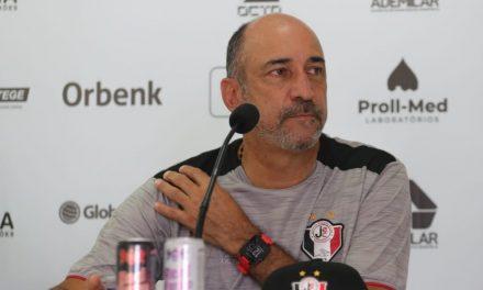 Vinícius Eutrópio, novo técnico do Paysandu, desembarca em Belém no sábado