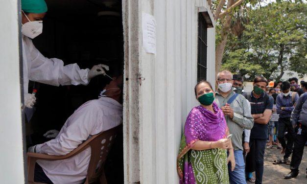 Governo da Índia ordena que redes sociais removam a expressão 'variante indiana' do coronavírus