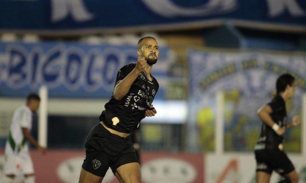 """Herói do título do Papão, Gabriel Barbosa reflete sobre os três gols na decisão: """"sem palavras"""""""