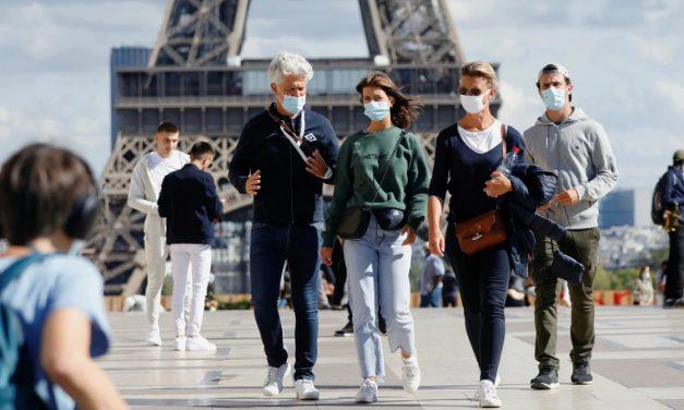 França pode ter restrições mais rígidas a britânicos quando turismo reabrir; Alemanha exige querentena