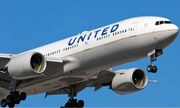 Companhia aérea vai sortear um ano de viagens grátis para quem for vacinado