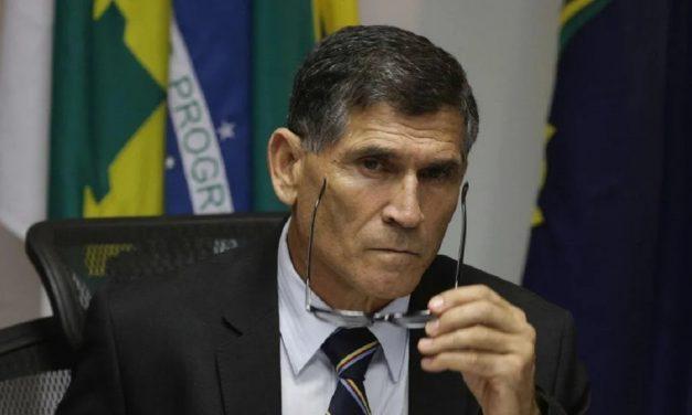 Saímos do limite do razoável, diz Santos Cruz sobre Pazuello em ato