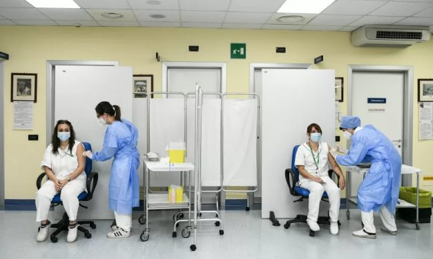 Itália chega a 20% da população totalmente vacinada contra covid-19