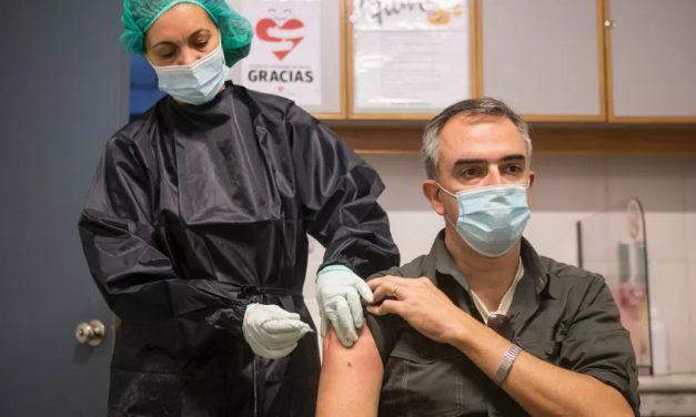 Uruguai vacinou metade da população contra covid-19 com ao menos uma dose