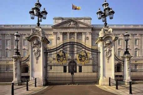 Palácio de Buckingham barrou contratação de imigrantes e minorias, revela jornal