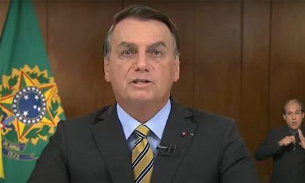 Em pronunciamento, Bolsonaro repete distorções sobre vacinas e empregos