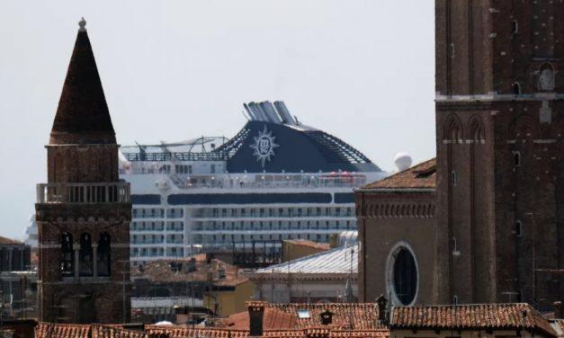 Cruzeiros voltam em Veneza após mais de 1 ano sem viagens por restrições da pandemia