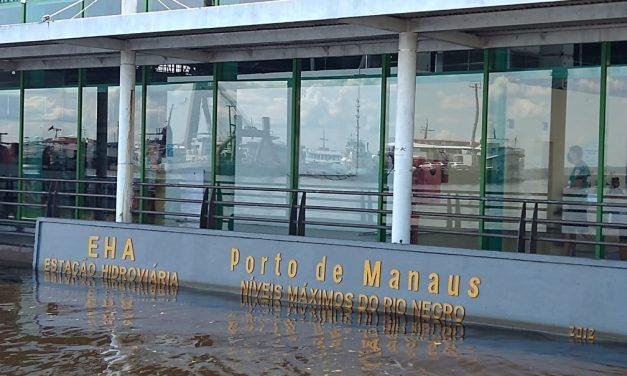 Cheia recorde: Rio Negro atinge 30 metros e ultrapassa em 3 cm a maior enchente em 119 anos