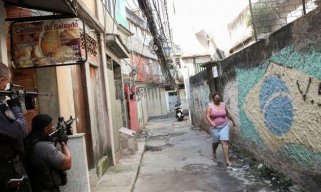 Moradores relatam como estão os dias no Jacarezinho um mês após operação mais letal da história do RJ