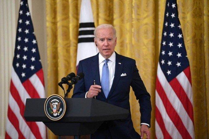 Casa Branca anuncia a doação de 500 milhões de doses da Pfizer para países pobres