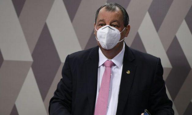 Documentos do governo desmentem depoimentos de aliados de Bolsonaro na CPI, afirma Omar Aziz