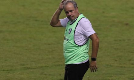 Após derrota para o Botafogo, Remo tem que lidar com possíveis novos desfalques contra o Vitória