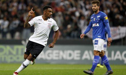 Paysandu contrata volante campeão do Brasileirão com o Corinthians em 2017
