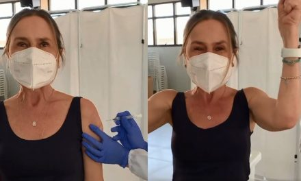 Repórter da Globo diagnosticada com câncer 5 vezes, celebra vacina contra covid