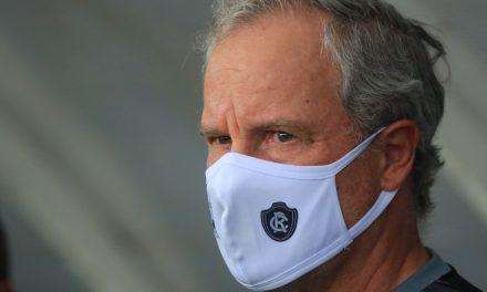 """Bonamigo ganha mais desfalques após empate, culpa maratona, mas afirma: """"Não vou reclamar"""